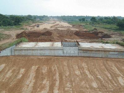 인도 암다바드-받다라 고속도로(2공구)