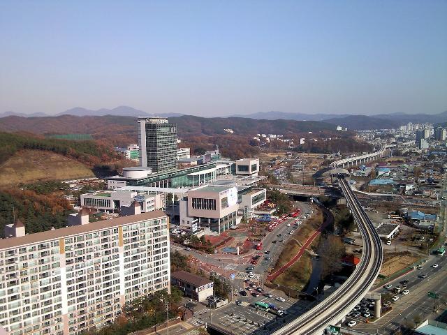 용인, 시청과 경전철